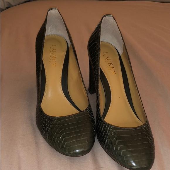 9a981f9357 Lauren Ralph Lauren Shoes - Lauren by Ralph Lauren Marshall pumps olive  green